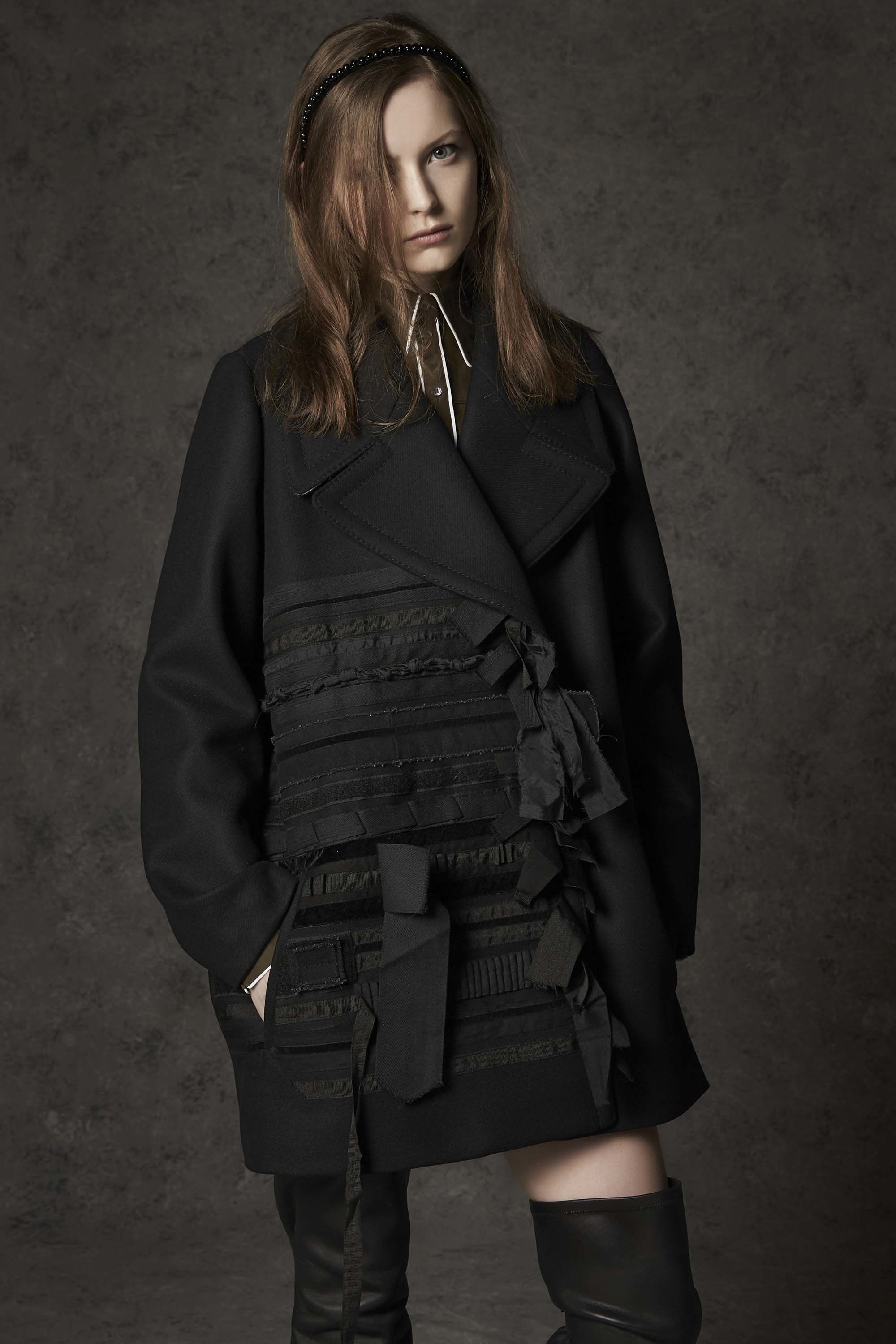 N°21 Pre-Fall 2016. A little dark and a little girly.