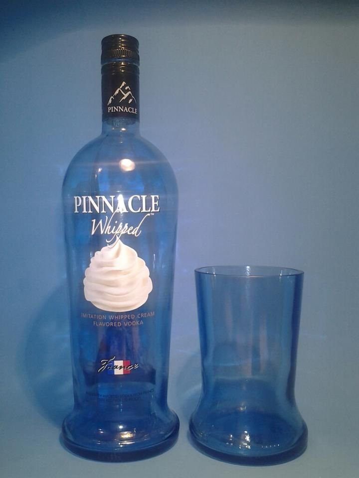 "(1) Pinnacle Whipped Tall 20-22 oz TUMBLER GLASS MADE FROM A RECYCLED LIQUOR BOTTLE  *APPROX MEASURES: APPROX. 7 "" TALL X 3.5″ WIDE  *CAPACITY: 20-22 OUNCES  *QUANTITY: ( 1 ) TUMBLER  *The Full bottle shown is used for sizing & scale, therefore not included  with the sale.*"