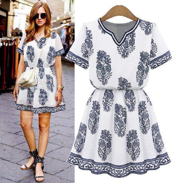 The Graphic Dress - Graphic Blue Print White Tunic