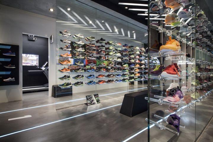 ari running store by whitespace bangkok thailand