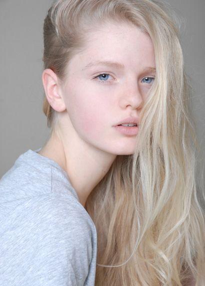 Annemarie Kuus Hair Pale Skin Light Blonde Hair Pale Blonde Hair