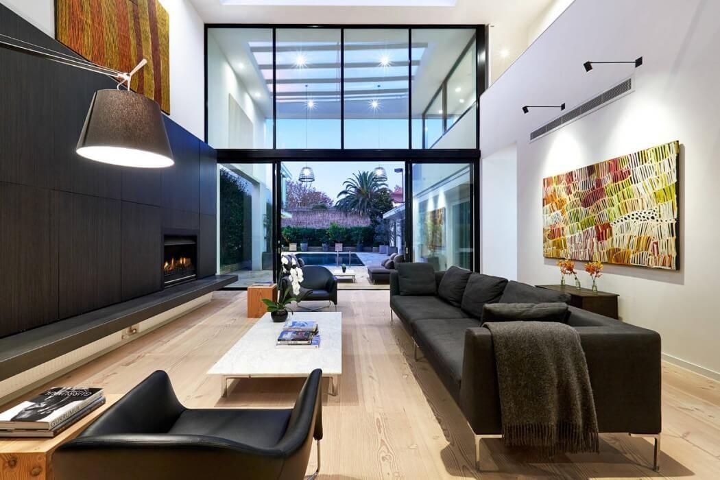 Maison contemporaine plafond haut