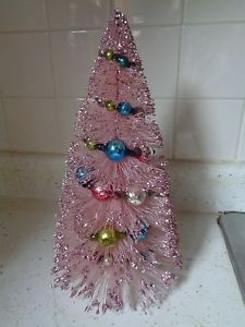 VINTAGE-PINK-BOTTLE-BRUSH-XMAS-TREE-WITH-GLASS-BEAD-GARLAND-13-1-2-INCHES-TALL