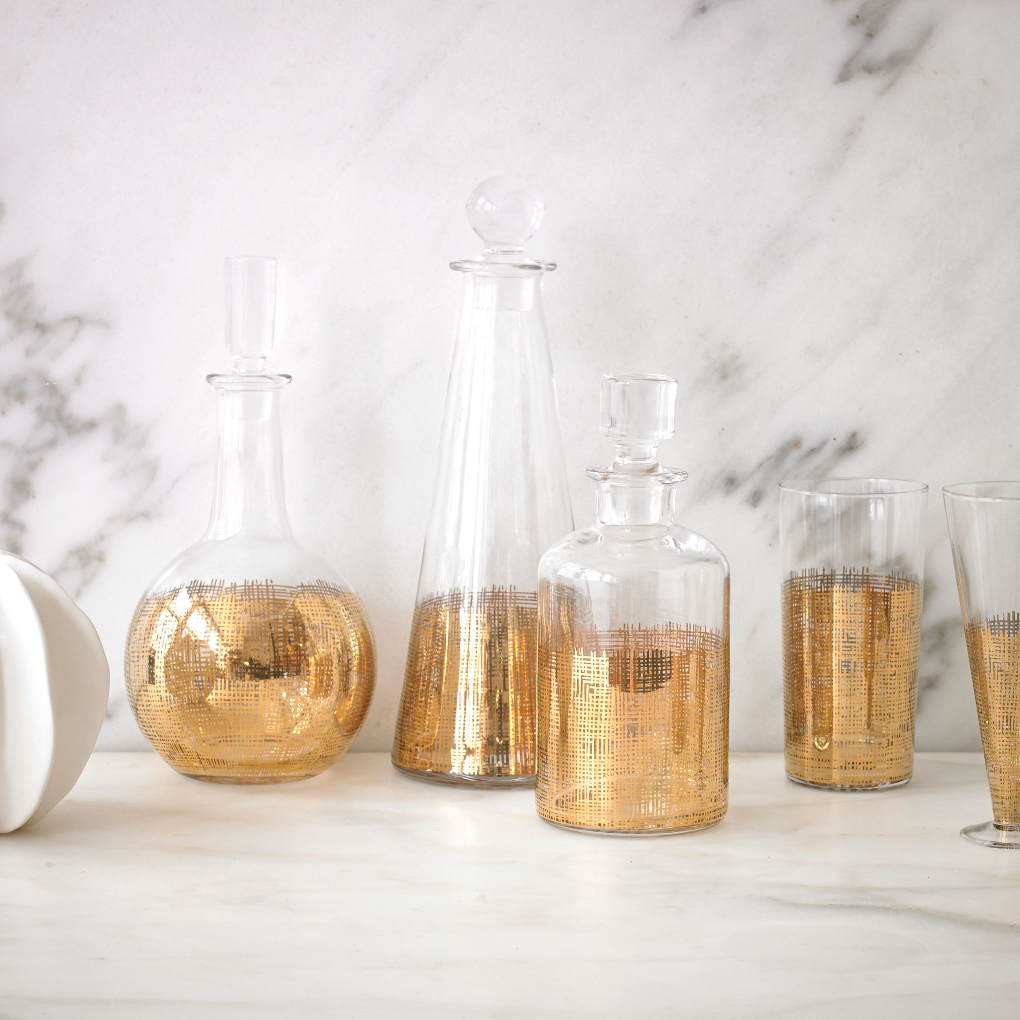 Crosshatch Cylinder Gold Decanter | Set The Modern Table With A Decanter In  A Geometric Shape
