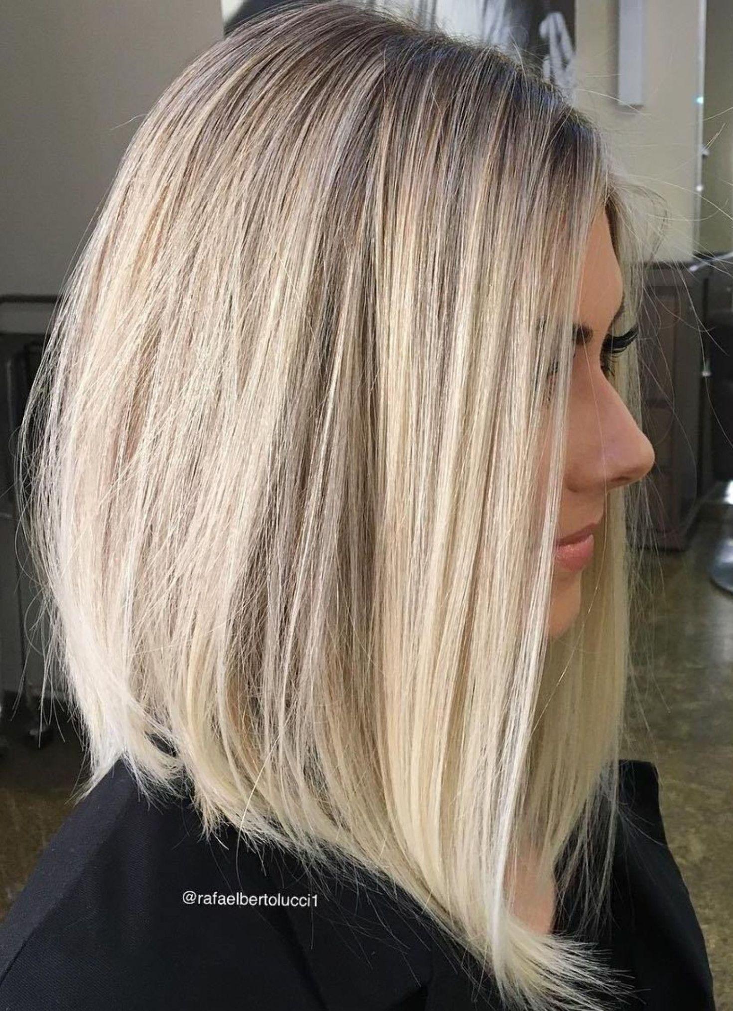 Coole Duennes Frisurenmittellangeshaareinfach Fur Haar Haarschnitte Verheerend Platin In 2020 Haarschnitt Haarschnitt Fur Dunnes Haar Schulterlange Haarschnitte