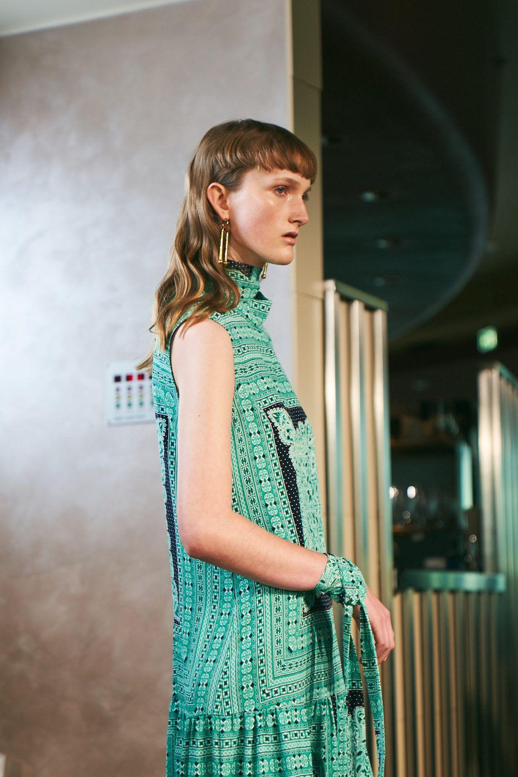 Highlights Der Berliner Fashion Week Aw 20 21 William Fan Lou De Betoly Odeeh In 2020 Modestil Fashion Week Berlin Mode