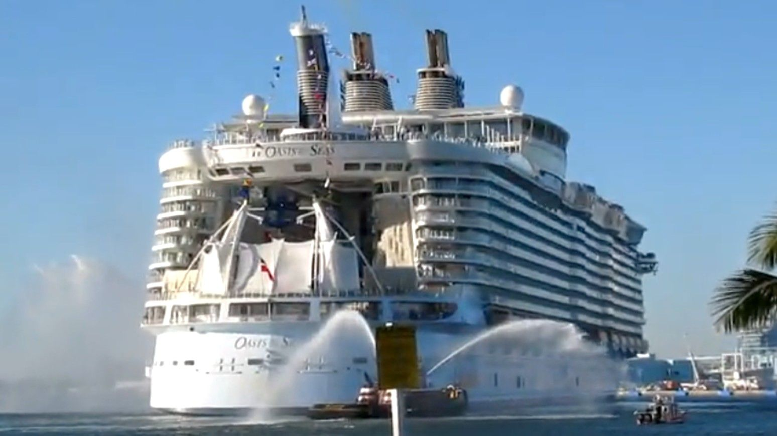 Oasis Of The Seas Pictures Google Search Vacation Spots - Azura cruise ship wiki