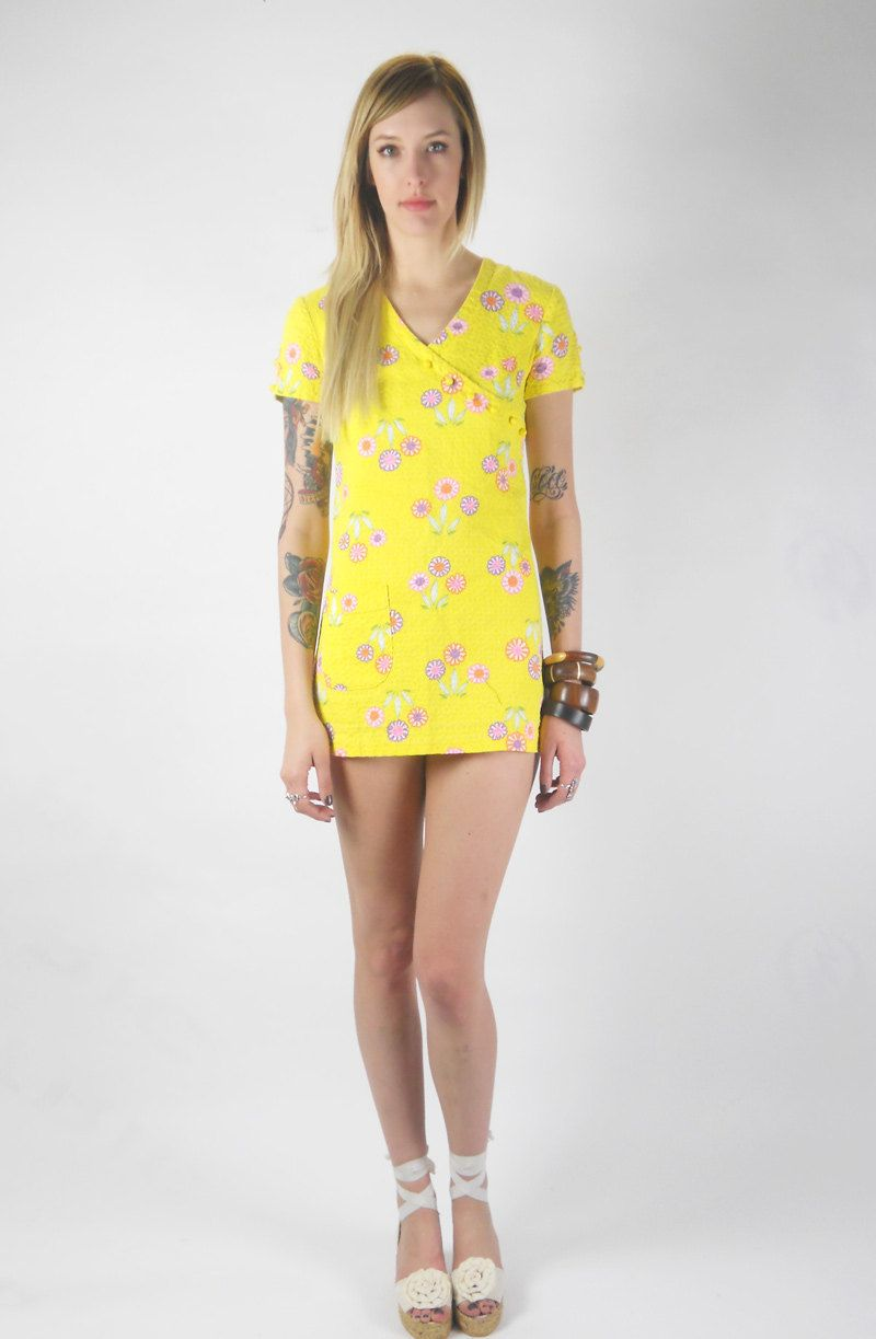 Vintage 60s Butter Yellow MOD MINI Floral by awesometownvintage, $42.00