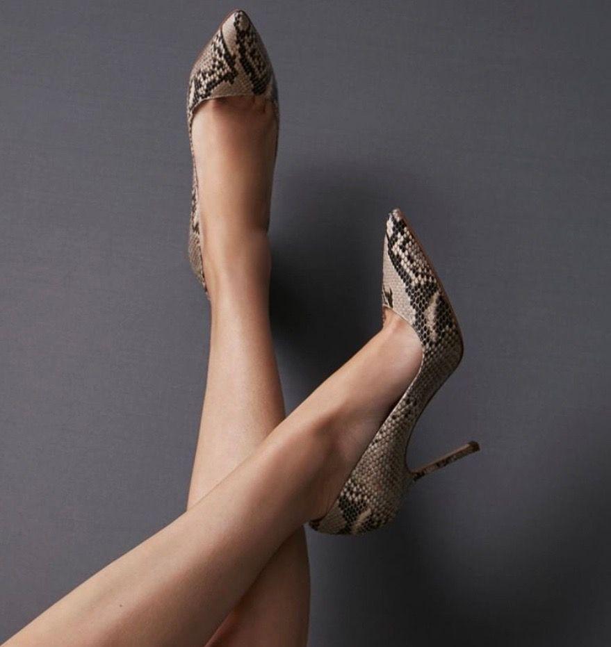 a78ac8e5b67 Carolina Herrera Stiletto 2019  shoes  shoesaddict  sandals  zapatos   estilo  fashion  style  vanessacrestto  stiletto  carolinaherrera