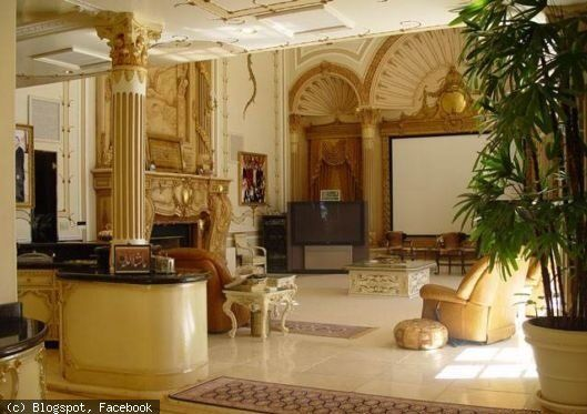 Merveilleux 8 Amazing Photos Showing Inside View Of Shahrukh Khans House Mannat