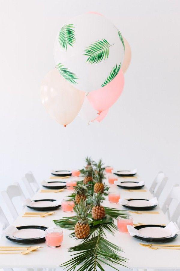 D cor de table ananas et feuilles de palmier for Decoration ananas
