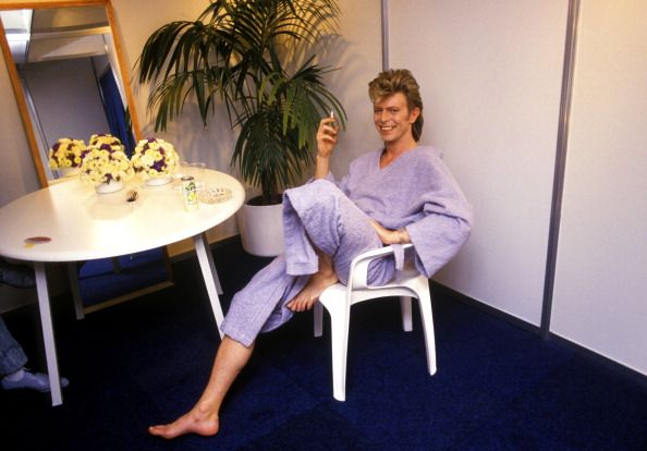 David Bowie backstage in Rotterdam 1987 News Photo 112049276