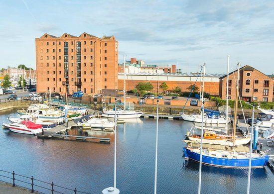 holiday inn hull | Marina Holiday Inn, Hull - Picture of Holiday Inn Hull Marina ...