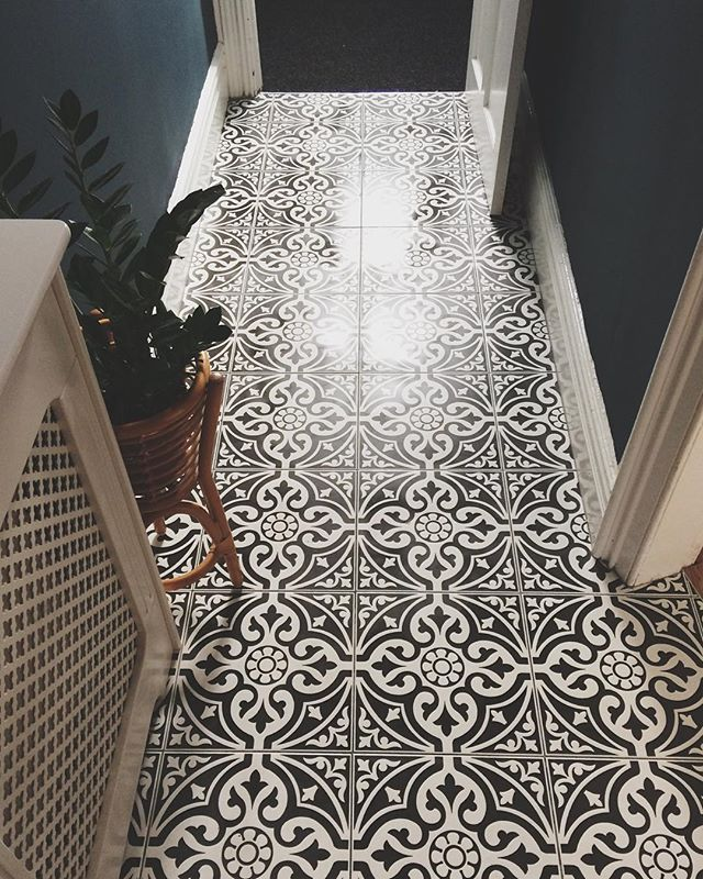 Hallway Flooring Flooring Devon Stone Black Feature Floor Tile 33x33cm In 2020 Tiled Hallway Hallway Tiles Floor Hall Flooring