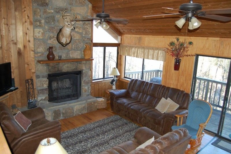 Pigeon Forge House Rental: 4br/3 Bath Sleeps 10 Winter Special Only $150/night. Easy Access! | HomeAway