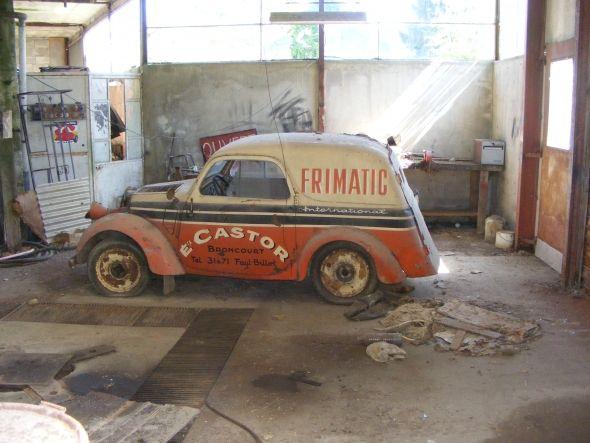 Garage fantome vendre voitures peintes aux couleurs des flottes d 39 entreprises pinterest - Ancien garage automobile a vendre ...