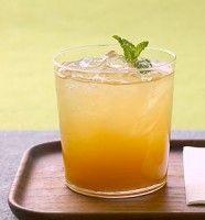 Citroen Munt ijsthee. Makkelijk recept te maken met een blender en een hele goede dorstlesser!