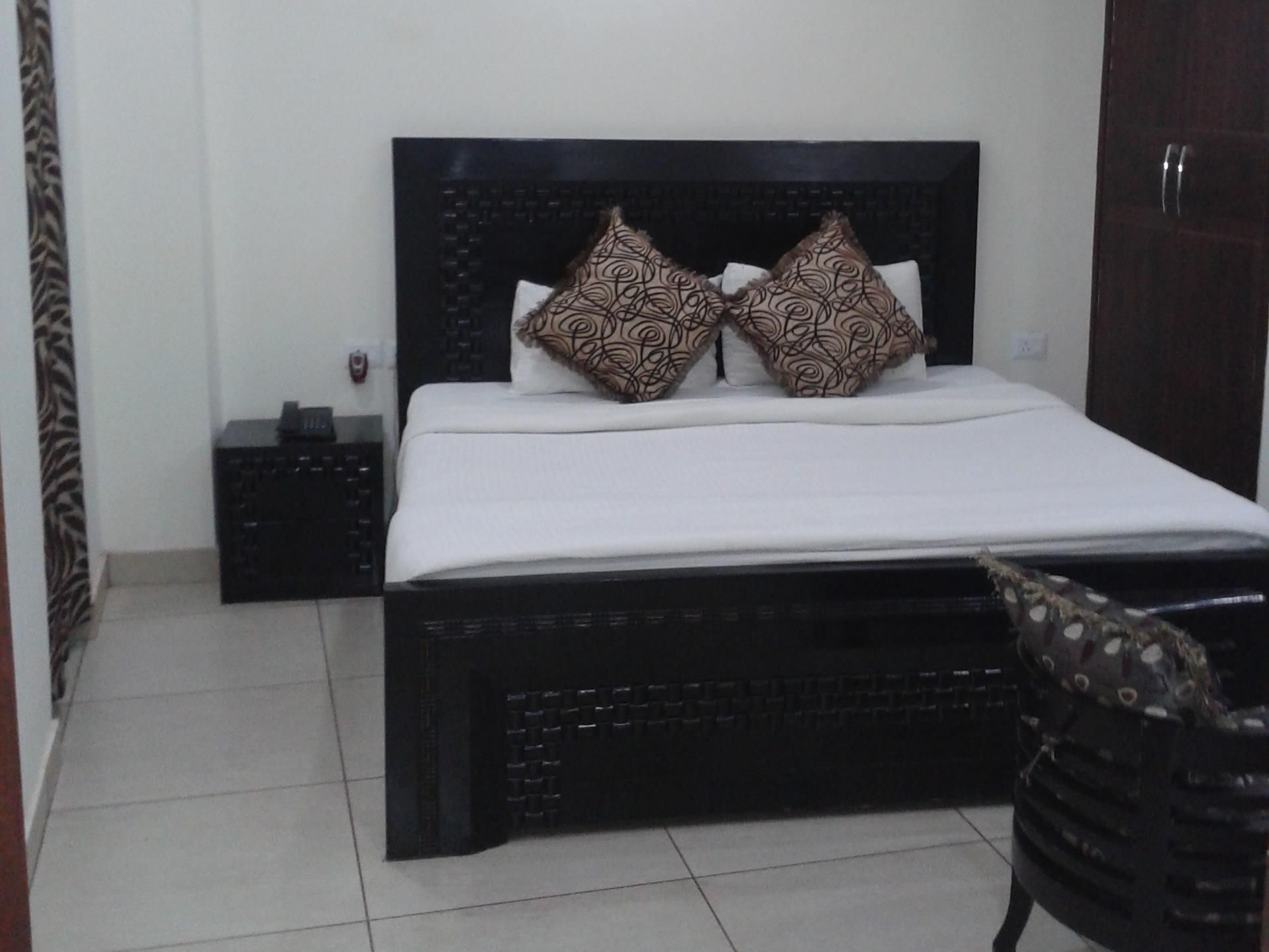 Hotel Prime Residency New Delhi And Ncr Jana Residency Hotel India Asia Ideally Located