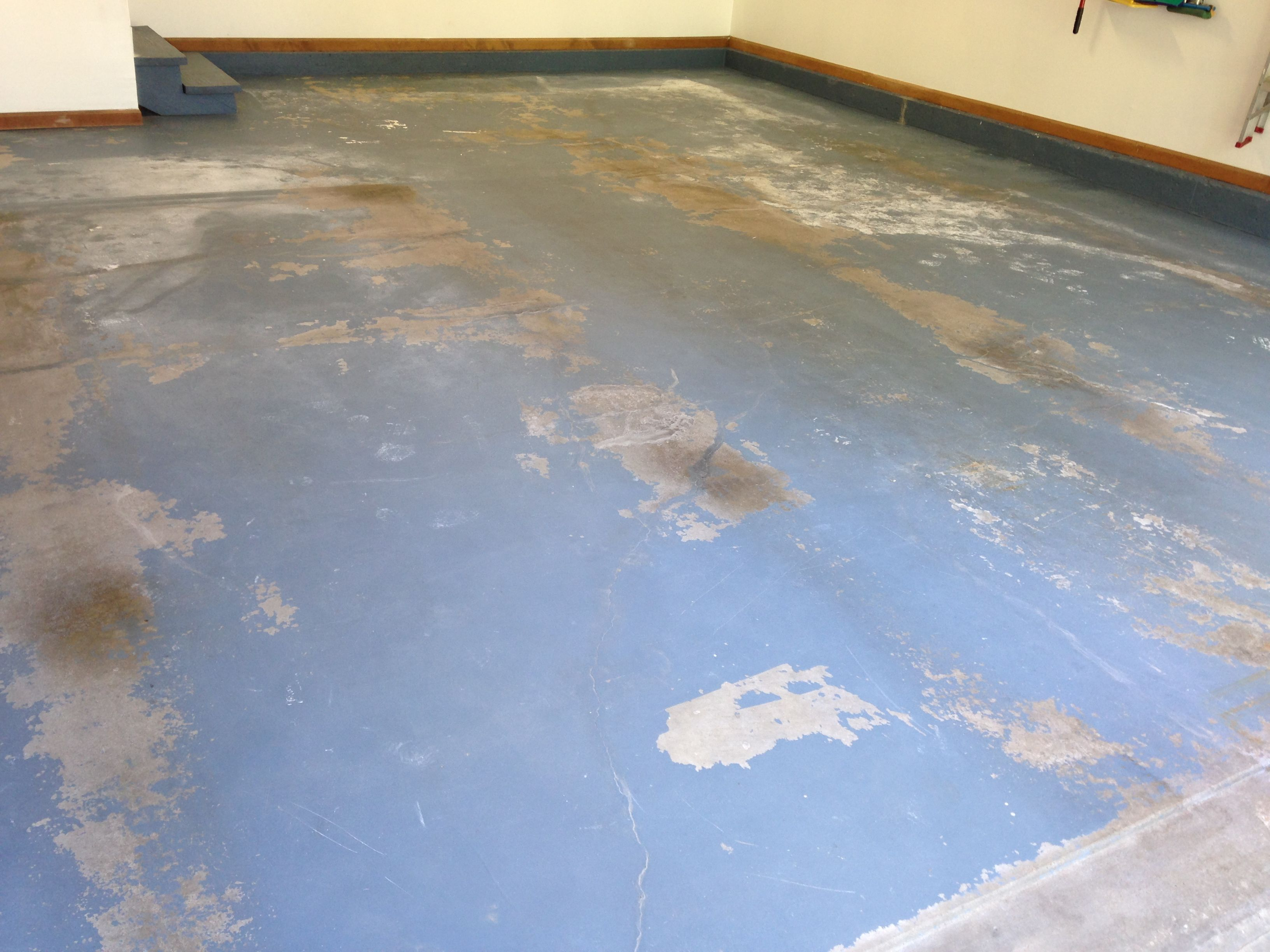Does your garage look like this you might need some garage flooring garage flooring tiles mats rolls coatings garageflooringllc dailygadgetfo Images