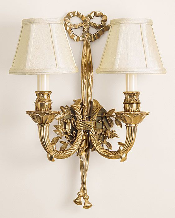 outstanding quality elaborate solid brass wall sconce with bow and tassels design