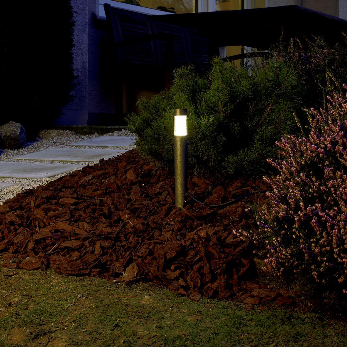 622484 Albert Led Gartenleuchte Die Neue Exklusivitat Im Garten Gartenspiess Leuchte Nicht Nur Dek Aussenleuchten Garten Outdoor Led Beleuchtung Gartenlampen