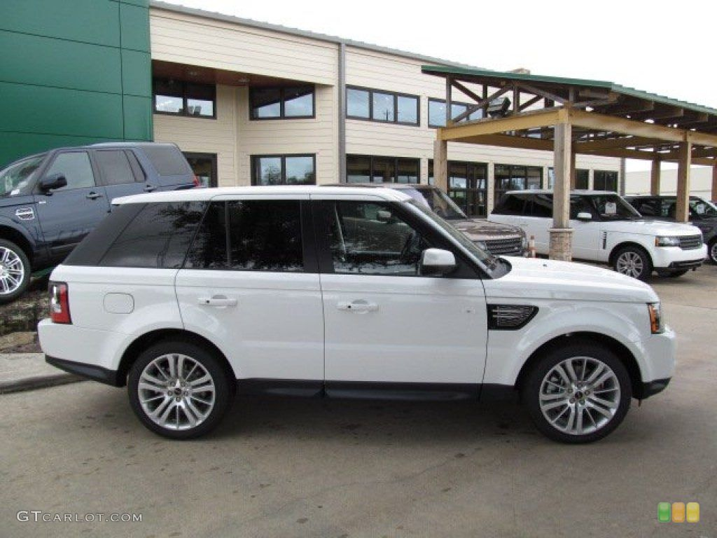 2013 white range rover sport... Can I wake up & this be in