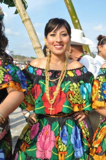 Traje tipico de Chiapas Trajes Regionales De Mexico d6ea2722d77b