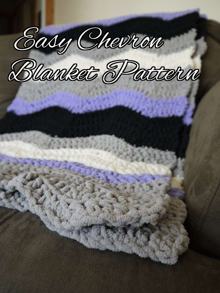 As soon as I discovered Bernat Blanket yarn, I knew I had to make a ...