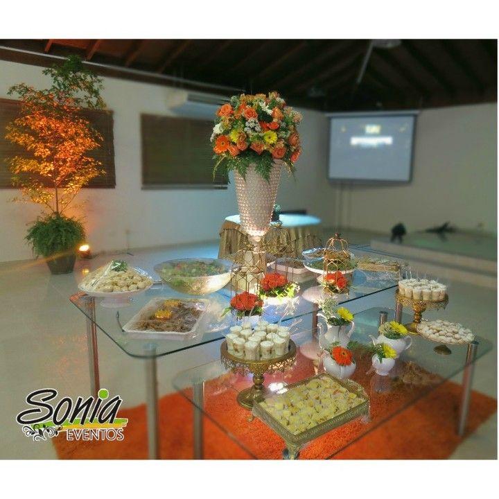 Mesa de entrada by Sonia Eventos #decoracion #mesadeentrada  #UAPA #santiago #republicadominicana #eventosempresariales #soniaeventos #soniaeventosrd
