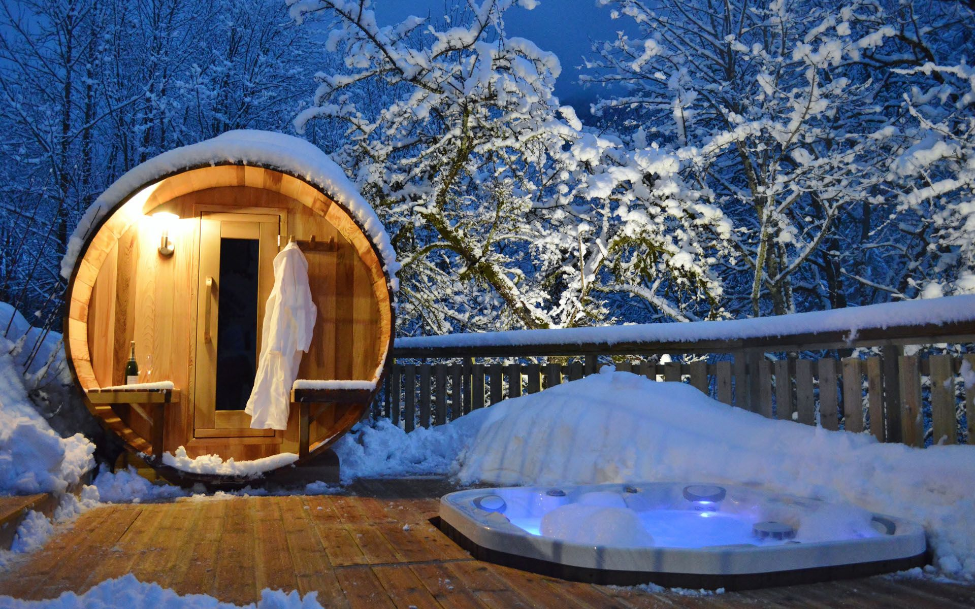 Luxury Ski Chalet, Chalet de la Manche, Morzine, France