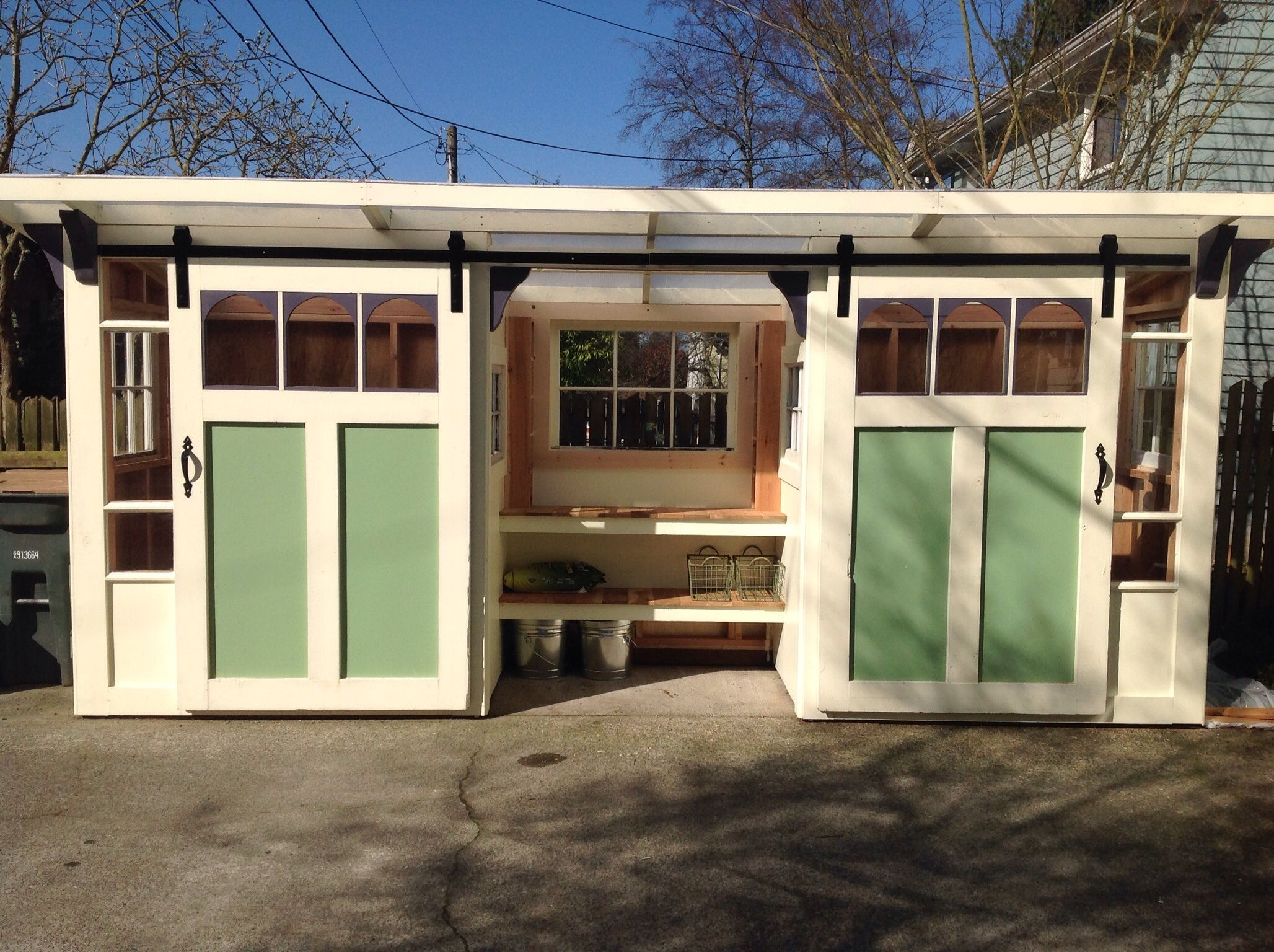 little mansions builds sheds studios and backyard cottages