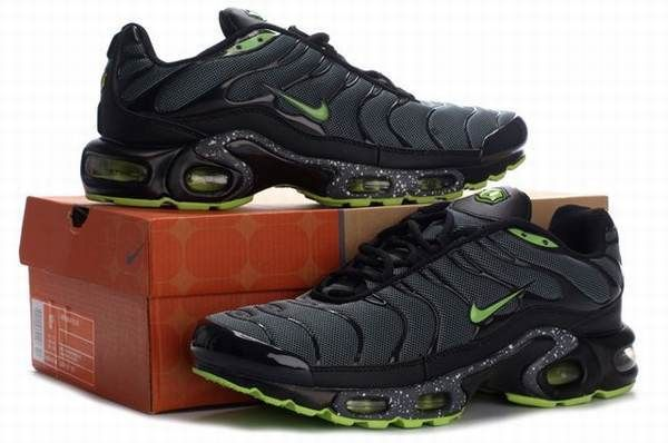 la Rougeoute Requin Homme Chaussures Pinterest Nike Chaussure, Air max and