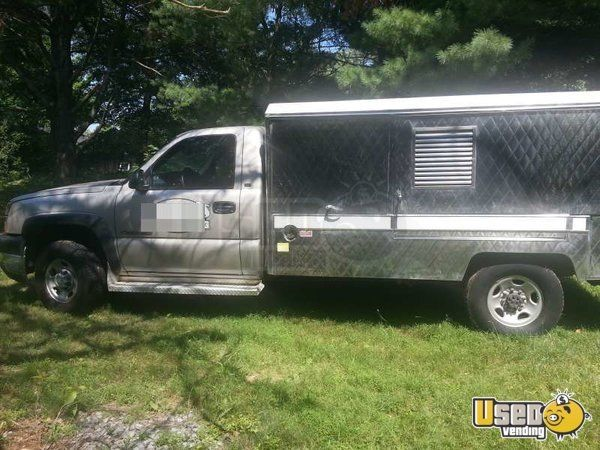 Lunch Truck For Sale >> 2004 Chevy Lunch Truck Canteen Truck For Sale In Virginia In 2019