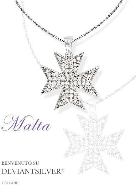 """Le collane con pendente croce di Malta, gioielli in Argento 925/1000: la collana """"MALTA"""" è un gioiello particolare caratterizzato dal vistoso pendente di lunghezza 3 cm larghezza 2,4 cm a forma di croce di Malta bombato con luminoso pavè di zirconi bianchi; girocollo di catena veneziana.     http://www.deviantsilver.com/malta-collana-argento-925-gioiello-croce-malta-pav-zirconi-bianchi-p-283.html"""