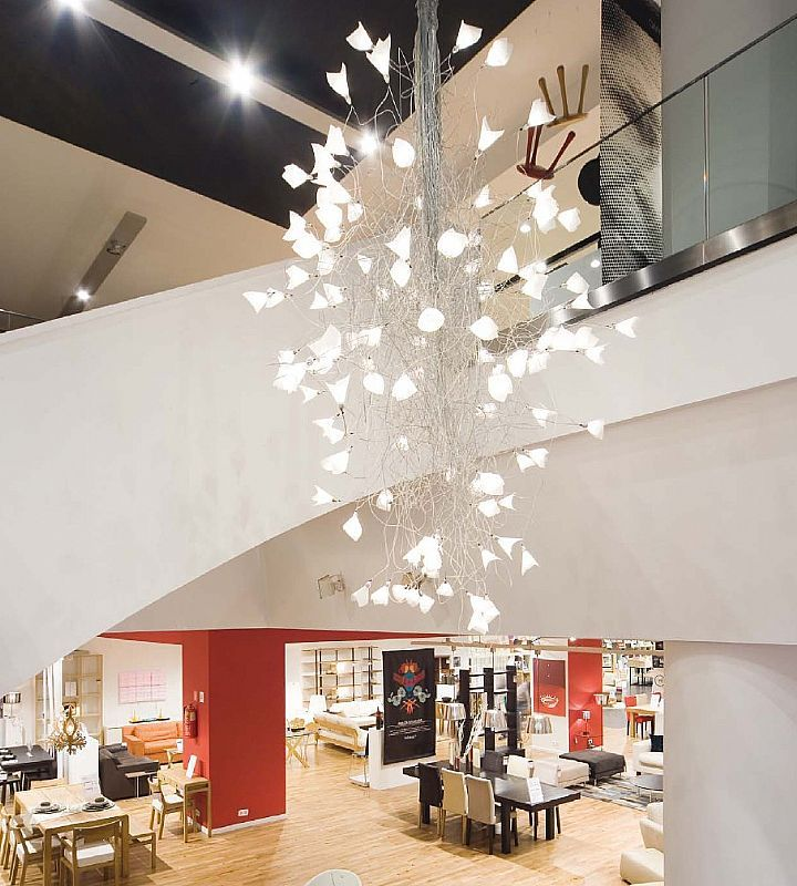 LED Jogg - Twisted Chandelier For Large Spaces