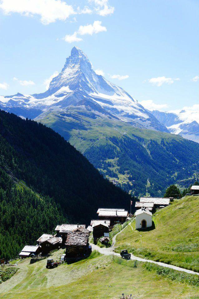 Voigt (F1 Online) - Blick auf Zermatt mit Matterhorn