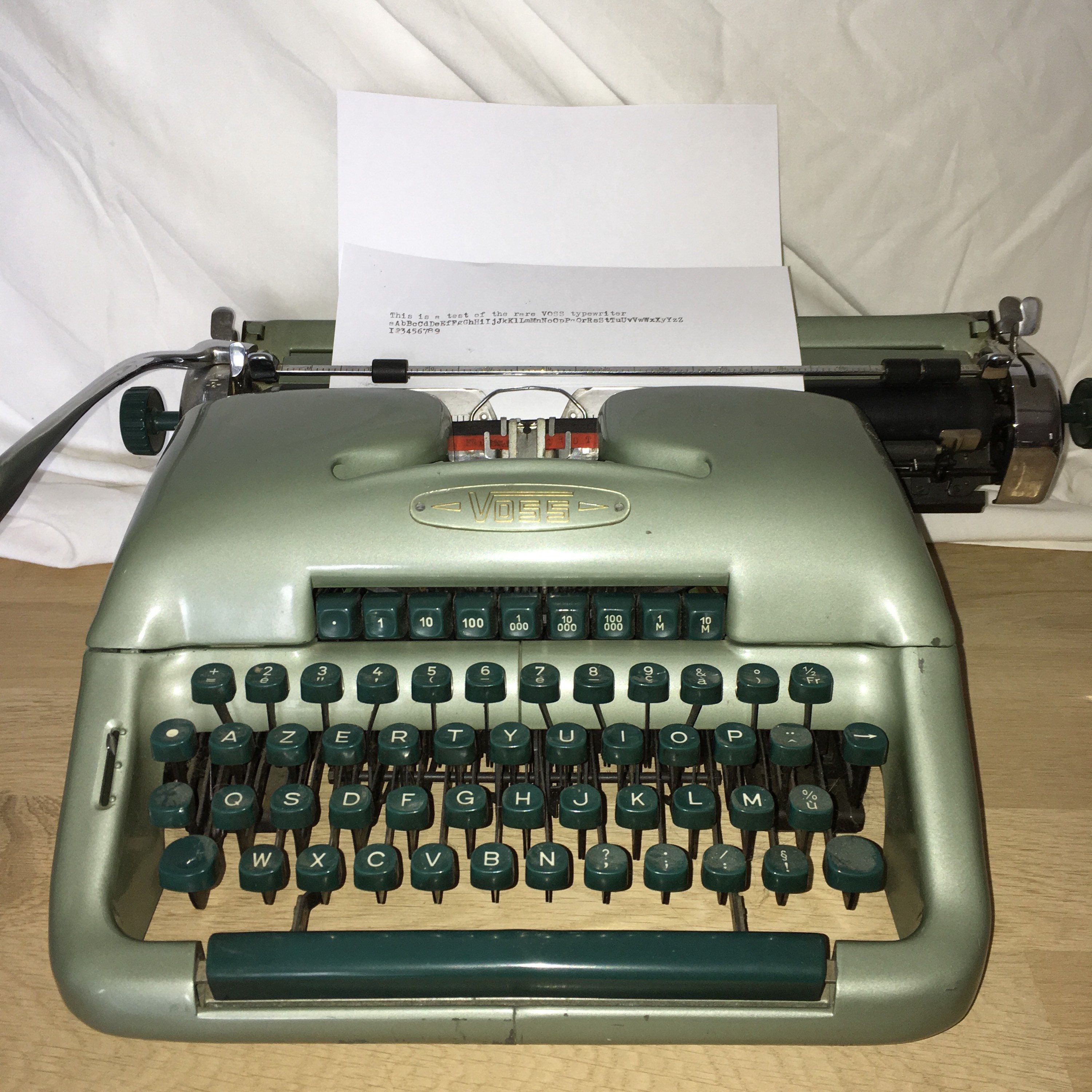Rare Voss SDT32 Vintage Typewriter In Gorgeous California