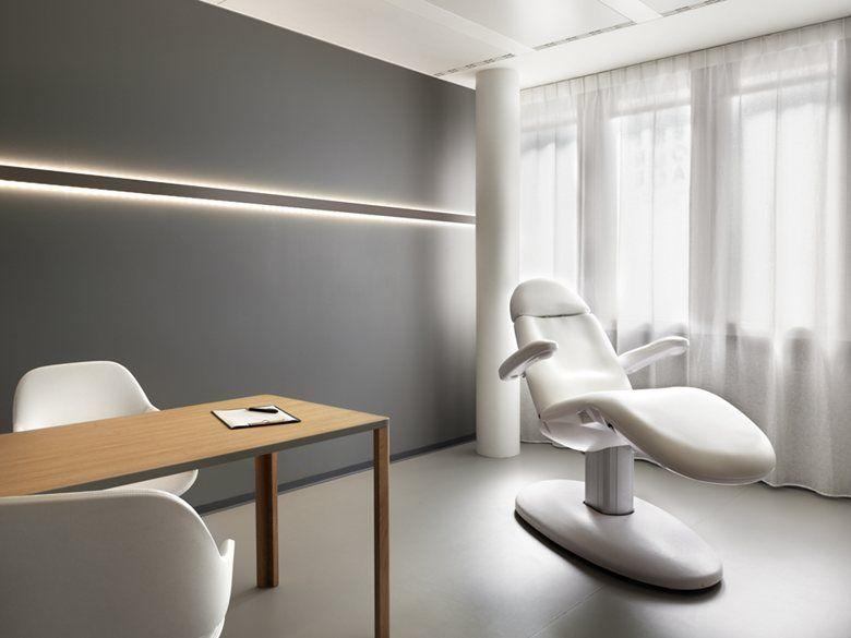 Entourage Clinic, Lausanne, 2015   Ralph Germann Architectes S.a.