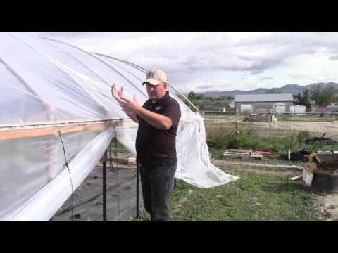 16 Hoop House Ventilation Youtube House Ventilation Greenhouse Plans Greenhouse