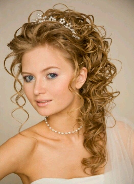 More curly curly curly wedding hairstyles