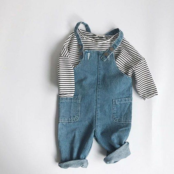 Stripes & overalls ✨ our favourite kids outfits