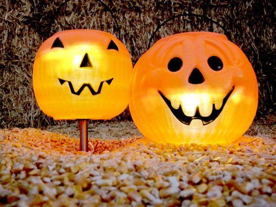 2 Halloween Pumpkin Solar Lights Outdoor Garden Stake Candy Bucket