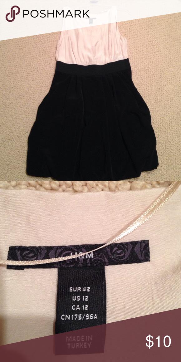 H & M Bubble skirt dress Worn twice H & M Dresses Midi