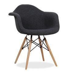 Avantgarde Design Stuhl. Enthaltene Armlehnen. Holzbeingestell.  Bezugsversion. Der Stuhl WOODEN Ist Eins Der Populärsten Modelle Des  Avantgarde Designs Aus ...