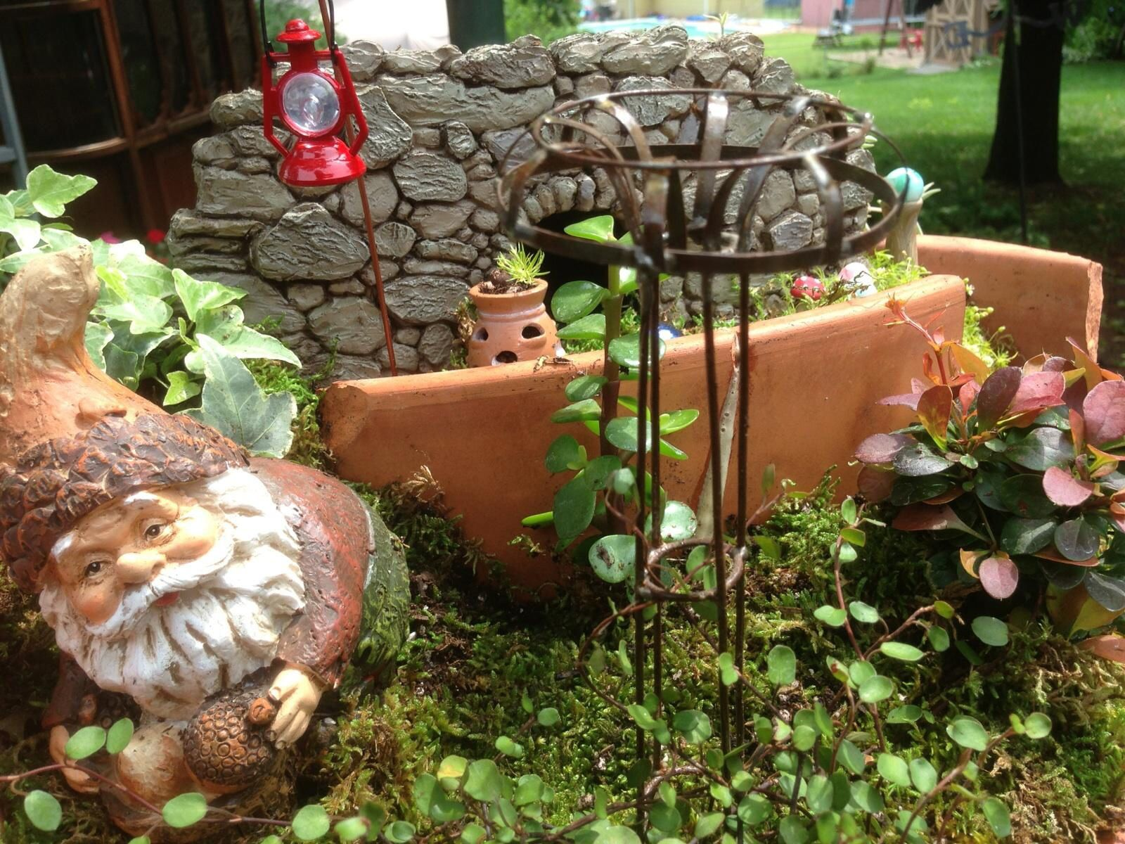 Gnome garden by Lindie | Gnome garden | Pinterest | Gnome garden and ...