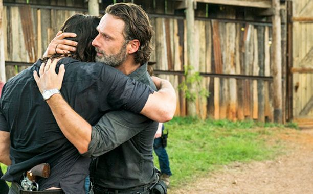 The Walking Dead Andrew Lincoln On That Big Rick Daryl Hug The