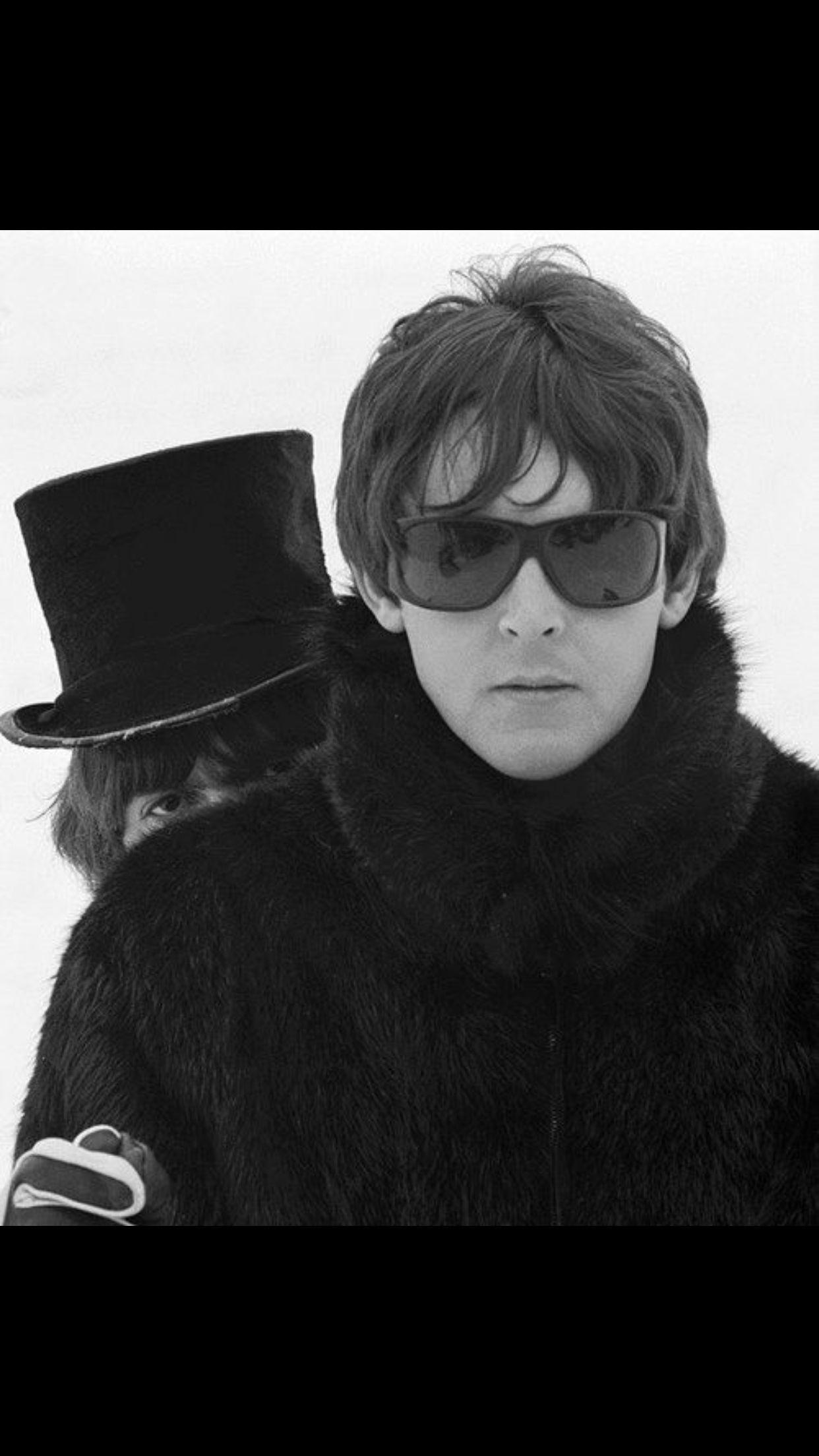 George photo bombing Paul