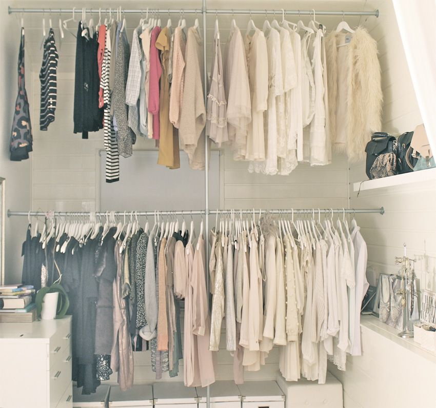 Offener kleiderschrank in kleinem zimmer  cath in the city closet - Google Search | / l i v i n g ...