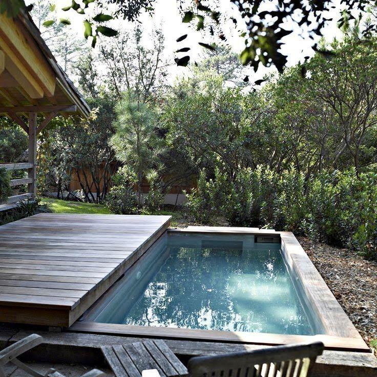 Cómo Construir Una Cubierta Móvil Para La Piscina Small Backyard Pools Backyard Pool Backyard