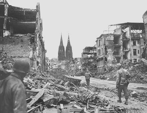 American soldiers crossing Cologne